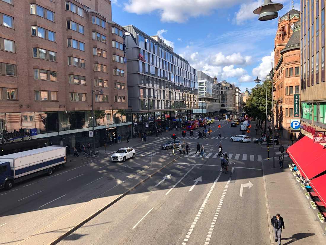 Hela Stockholm Citys pendeltågsstation har utrymts.