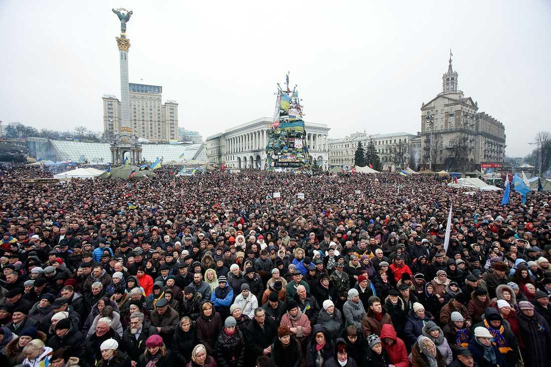 KIEV SÖNDAG Självständighetstorget i Kiev i dag, söndag.