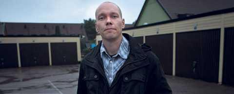"""MÅLET """"Vi ska försöka få kommunen att säga upp avtalet med Migrationsverket om att ta emot 30 invandrare"""", säger Daniel Höglund, 32, ledare för Svenskarna parti."""