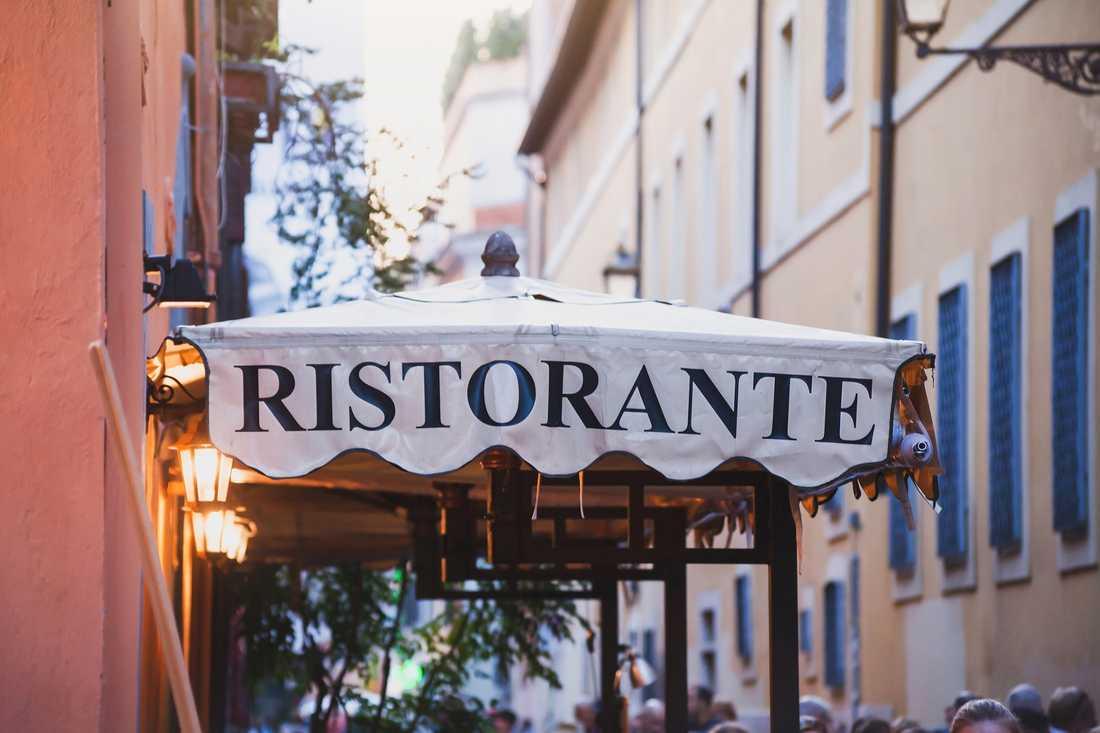 Italienska restauranger har bäst service, enligt en stor undersökning.