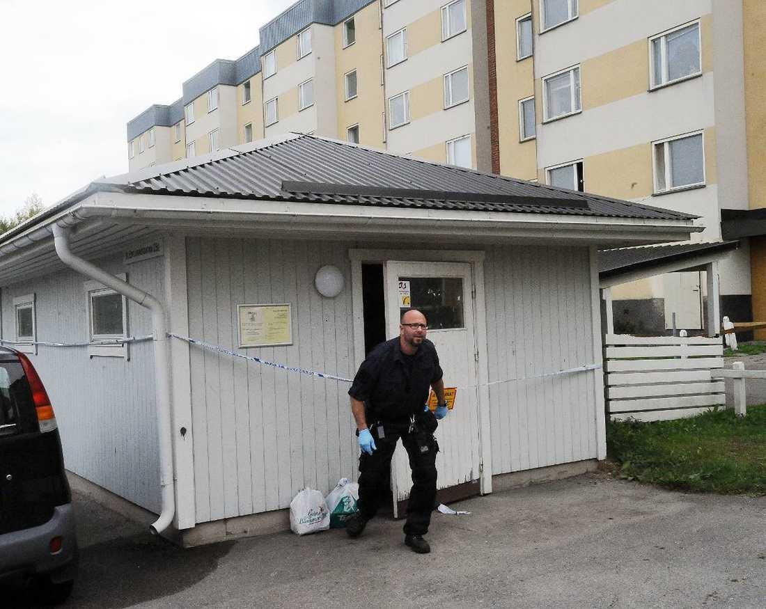 Kvinnans kropp var illa åtgången när polisen kom till bostaden. Enligt åklagaren är bevisningen i fallet god.