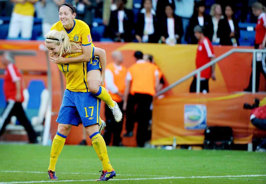 2011. Vinner brons vid VM i Tyskland.