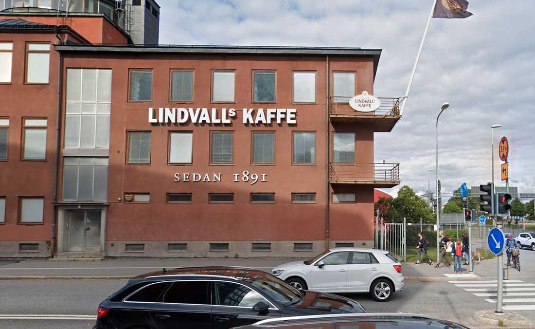 Lindvalls kaffe klarade sig från skador på byggnaden.