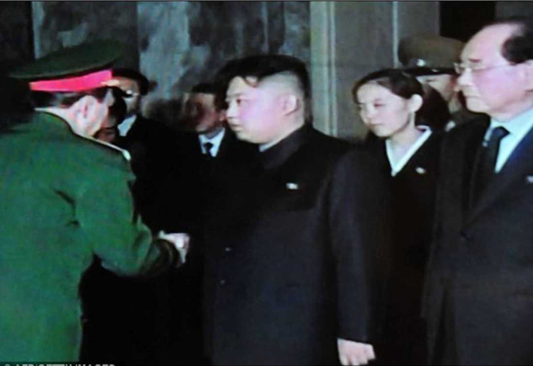 Kim Jong-un med nya frun.
