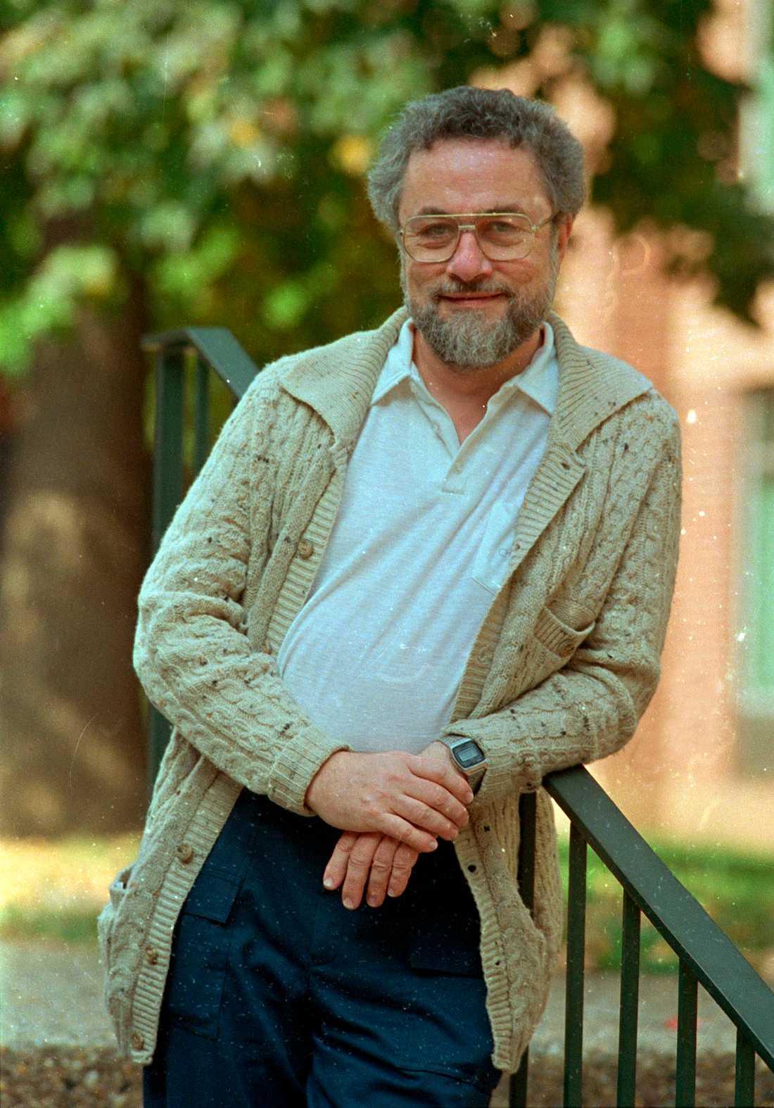 Adrian Cronauer.