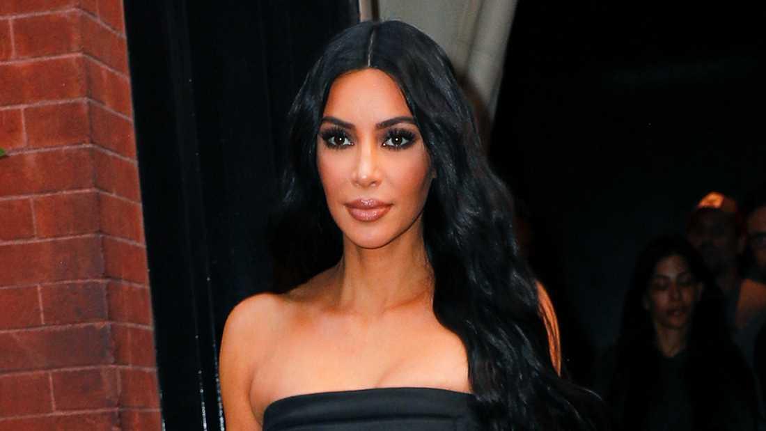 Kim Kardashian ber nu om ursäkt.
