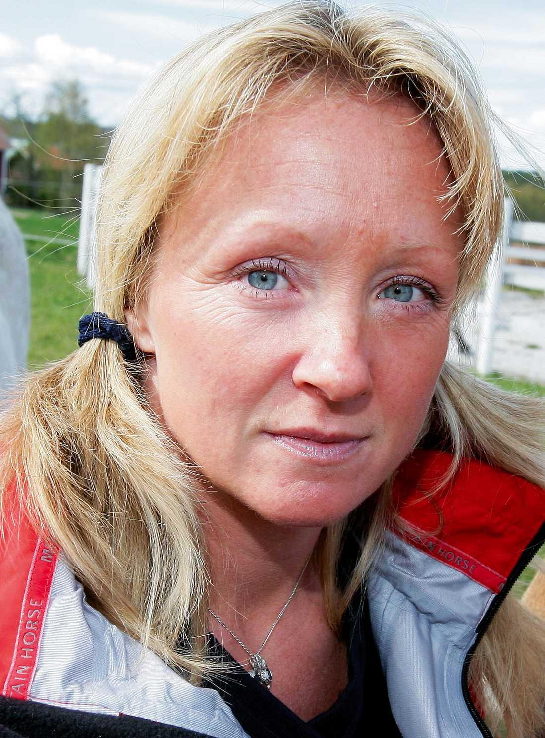 """""""Jag måste erkänna att jag är rätt blond och blåögd, men jag vill alltid tro gott om folk"""", säger Susanne efter det brustna förhållandet med Anders."""