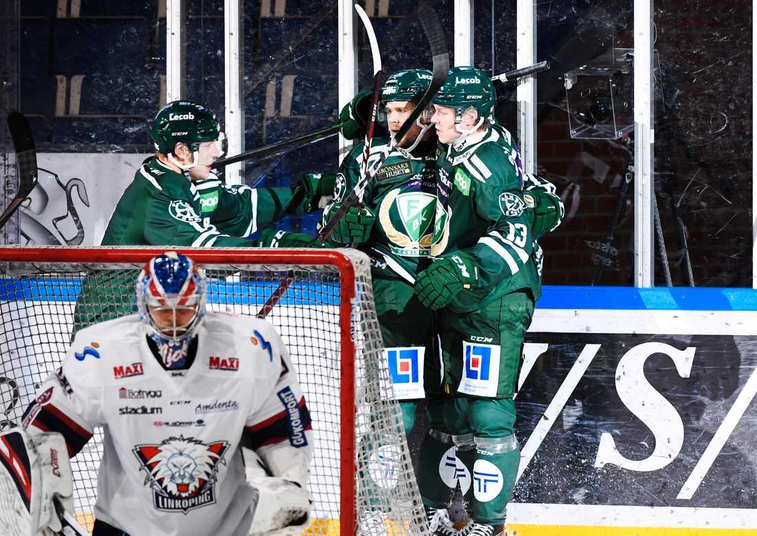 Färjestad tog säsongens första trepoängare hemma mot Linköping.