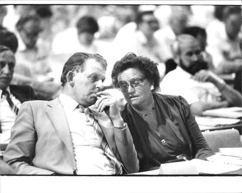 Thorbjörn Fälldin och Karin Söder under Centerpartiets partistämma 1985.