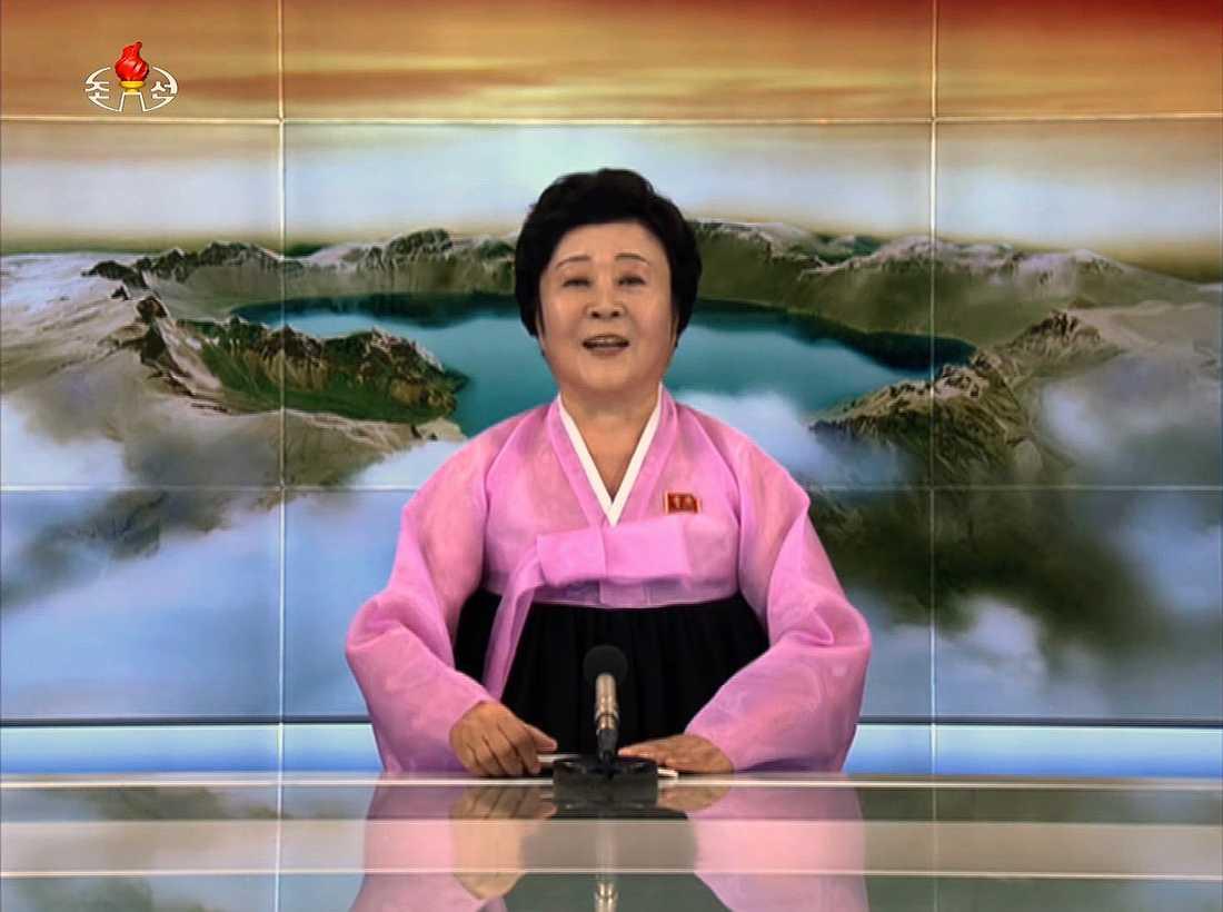 Nyhetsuppläsaren Ri Chun-Hee på den Nordkoreanska TV:n rapporterar om landets kärnvapenprov.