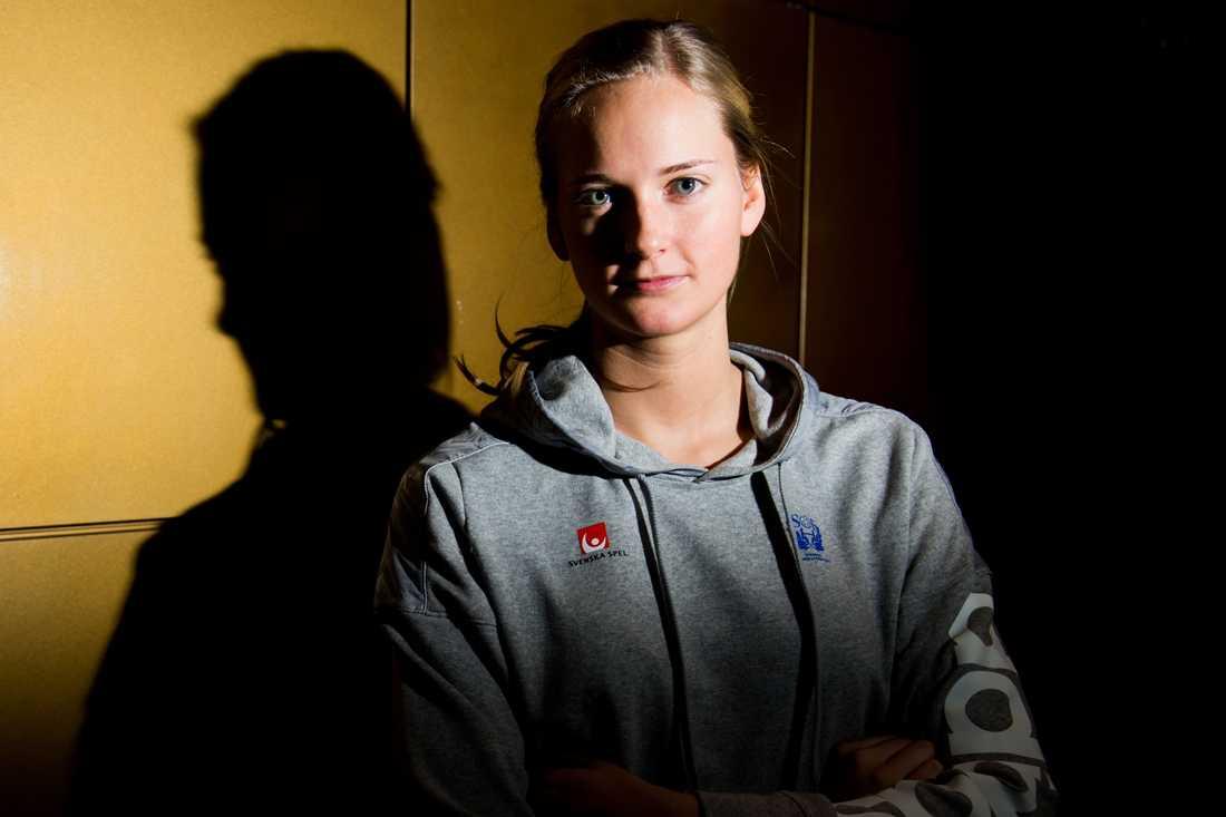 Johanna Bundsen Ålder: 23. Position: Målvakt. Klubb: Sävehof.