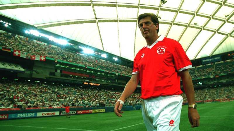 Hodgson som förbundskapten i Schweiz.