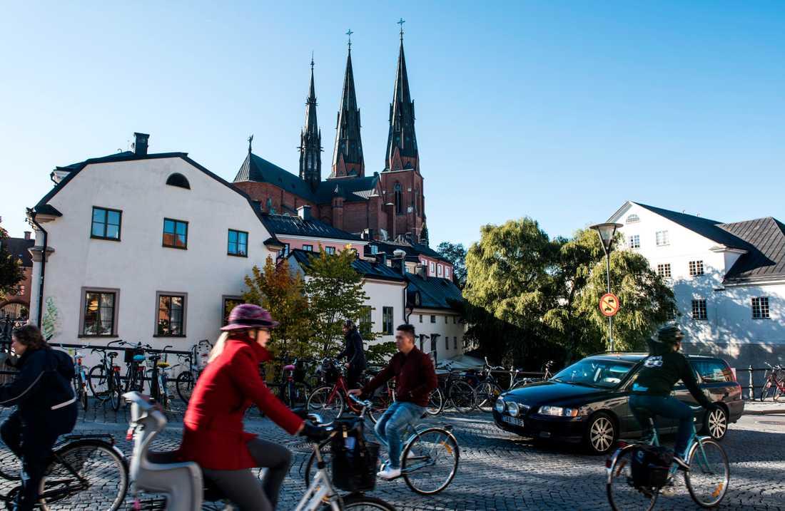 Cyklister liksom bilister och gångtrafikanter ska inte behöva trängas lika mycket i de södra delarna av Uppsala, anser kommunen.