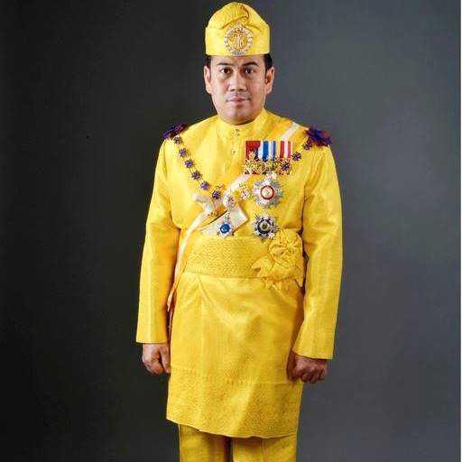 Malaysiska kronprinsen Tengku Muhammad Faiz Petra, 45.