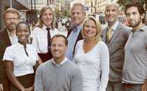 JURY 2008 Björn Ulvaeus, Nyamko Sabuni, Carin Götblad, Thomas Fogdö, Stefan Einhorn, Helena Bergström, Mark Levengood, Josef Fares och Christer Fuglesang (saknas på bilden).