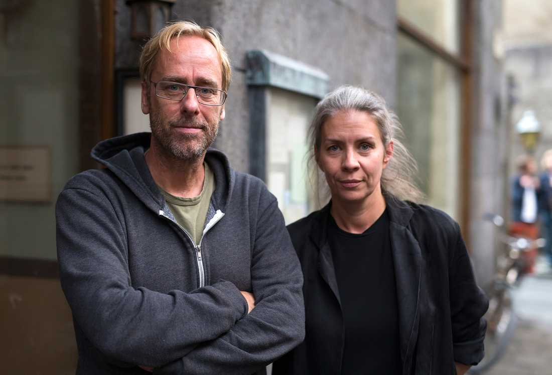 """Inspelningen av filmen """"Flykten till framtiden"""". Ulf Malmros med sambon och kostymören Jaana Fomin."""