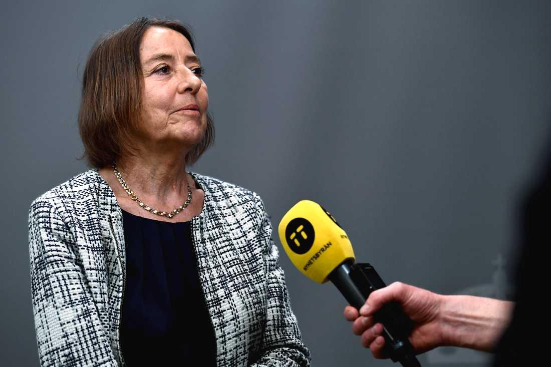 Den särskilda utredaren Karin Almgren presenterar förslagen i betänkandet för demokratiutredningen vid en pressträff i Rosenbad i Stockholm.