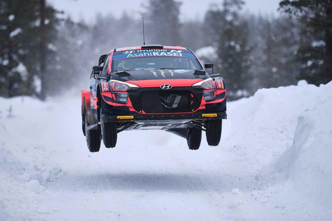 Oliver Solberg under WRC-debuten i fredags.