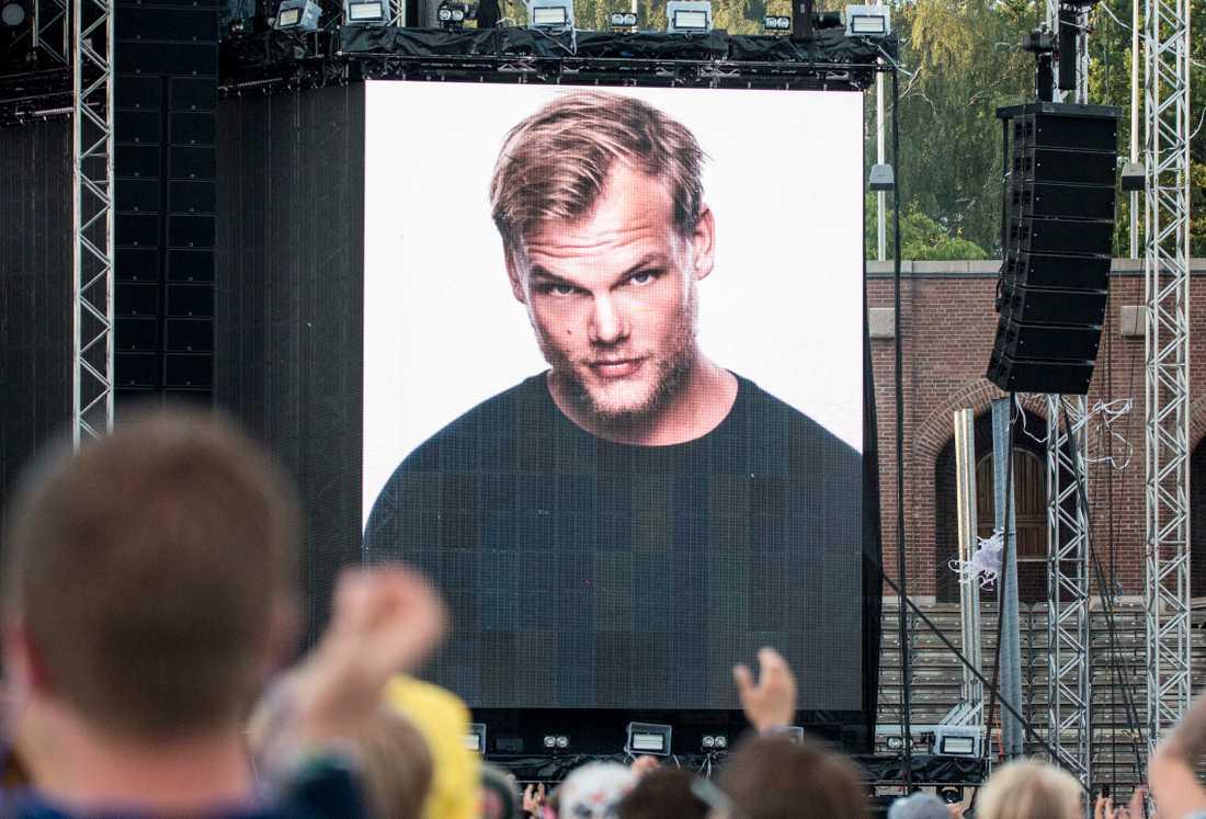 Den bortgångne artisten Avicii prisades postumt under MTV-galan på söndagen. Arkivbild.