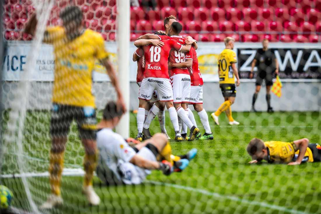 Elfsborgs Gustav Henriksson har precis gjort självmål.