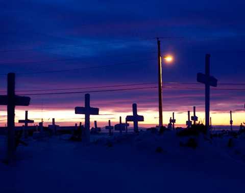 Vad som händer med kyrkogården när byn flyttas vet ingen.