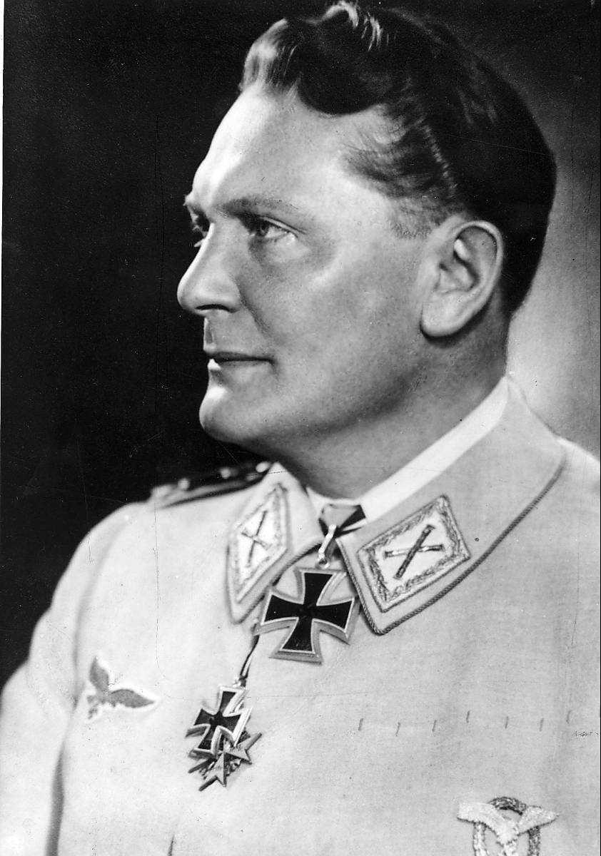 Göring.