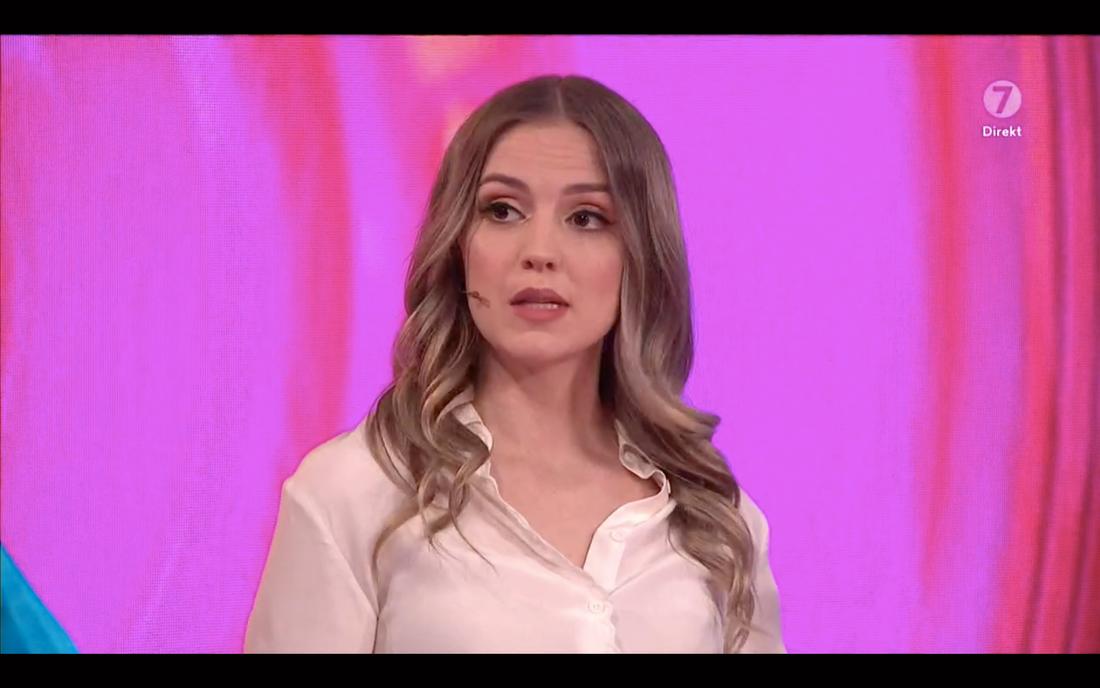 """Moa Wallin är poddstjärna, medlem i """"Tankesmedjan"""" på P3 och var kommentator till förra säsongens """"Big brother""""."""