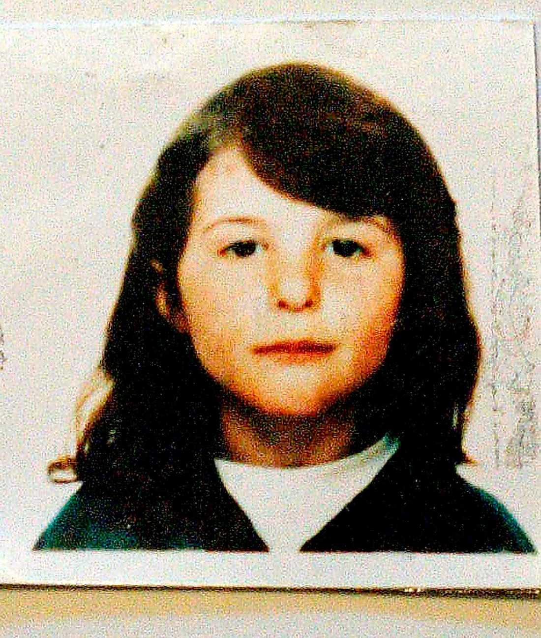 Jasmina Jasharaj, 6, Sävsjö.  Jasmina försvann från sitt hem i Sävsjö den 28 juli 1997. Strax innan sågs hon cykla tillsammans med en 41-årig man.