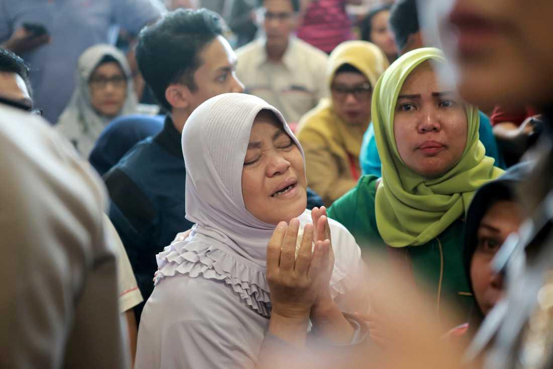 En släkting till en passagerare på flygplatsen i Indonesien.