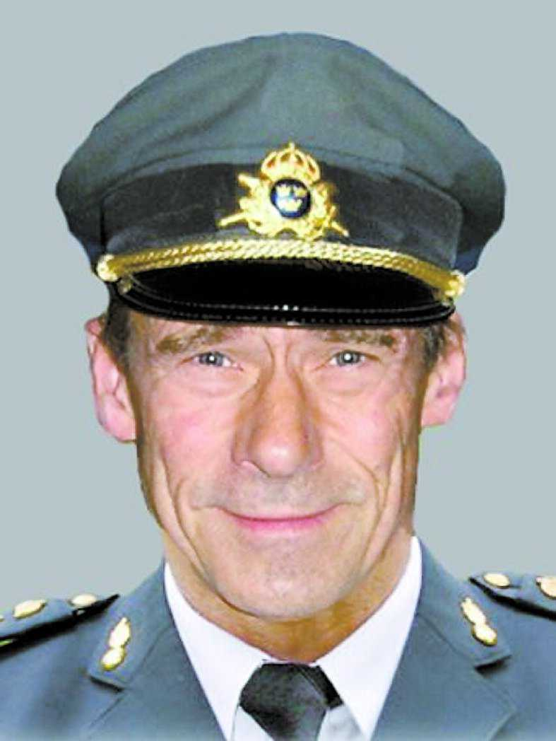 """""""Vi har haft tur väldigt många gånger, kulor som passerat bara centimeter från huvudet"""", säger överste Thomas Lindell."""