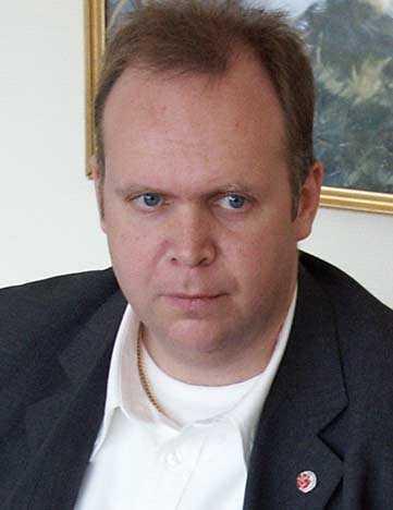 Peter Cervin.