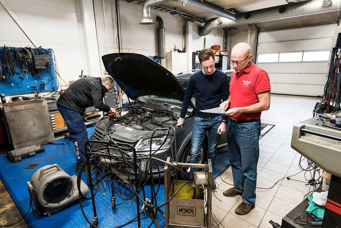 """""""Min bil har blivit betydligt svagare"""", säger Passat-ägaren Erik Lehfeldt till tidningen."""
