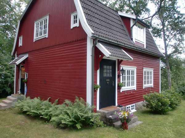 4 000 000 kronor Fritidshus i Höö vid naturreservat, Kronobergs län.