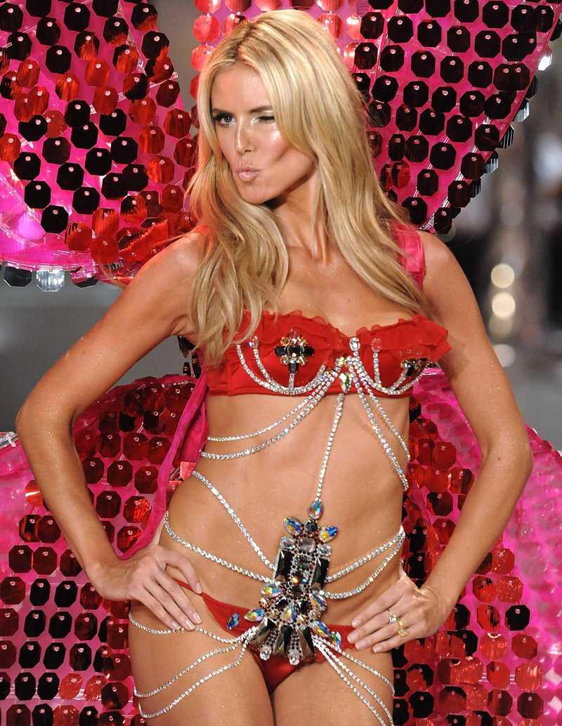 Heidi Klum kallas för fet för att vara catwalkmodell.