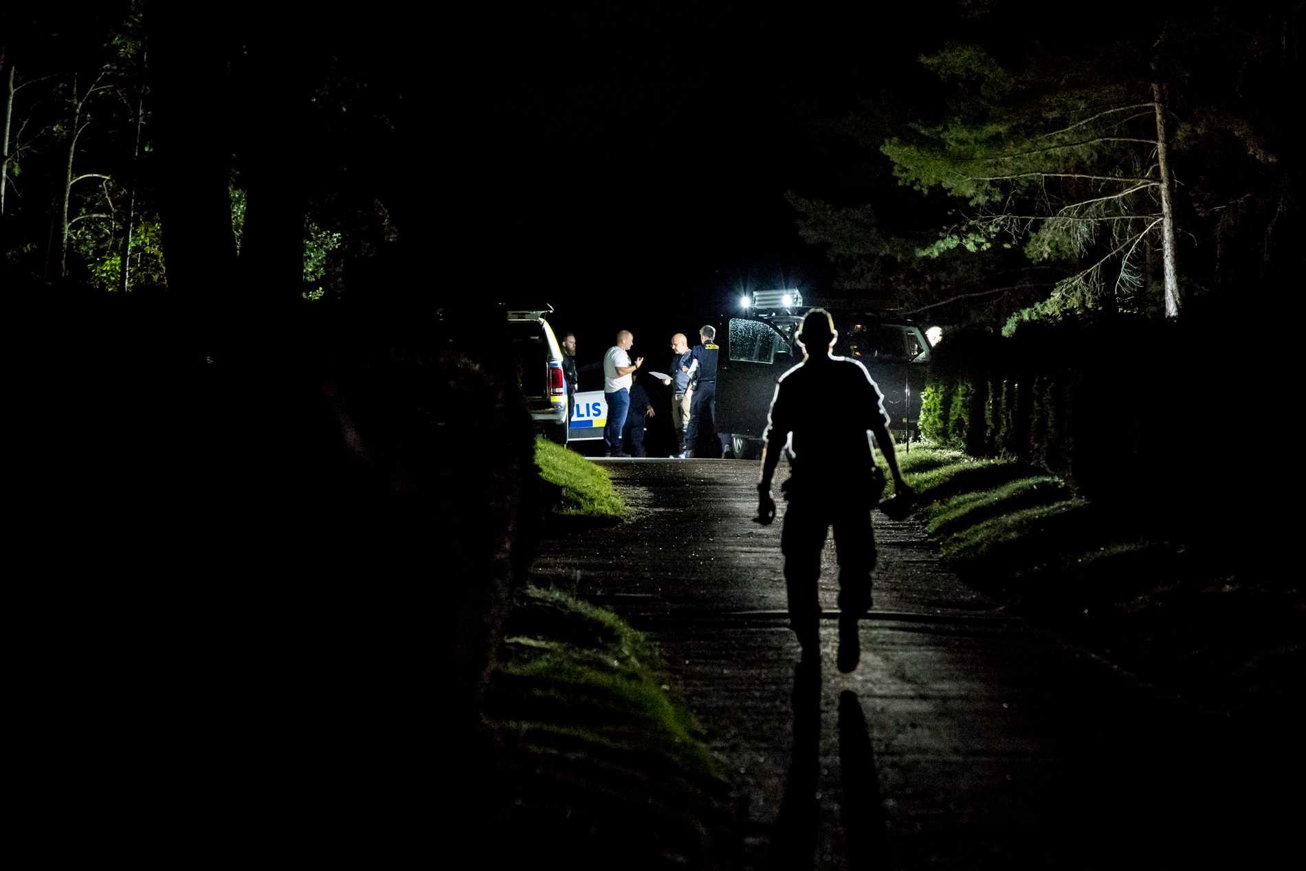 Två män har dömts för bland annat grov våldtäkt, grov misshandel och rån på en kyrkogård i Solna i somras.