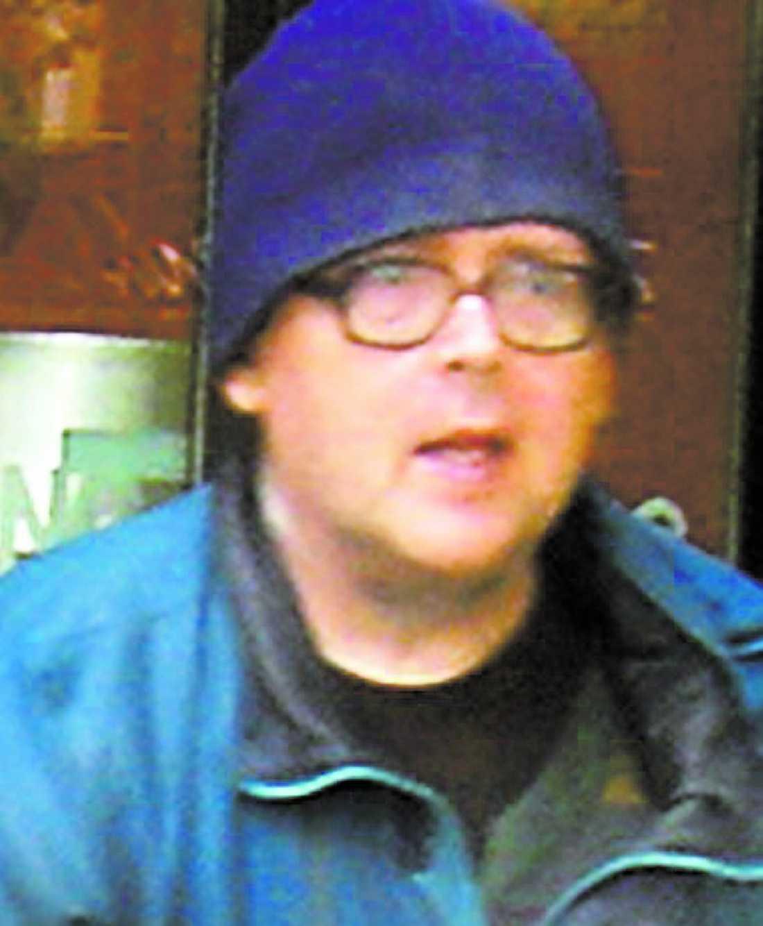 Burk-Curt, eller Curt Degerman, var. Han samlade tomburkar i staden. Men inte många visste att han var miljonär.