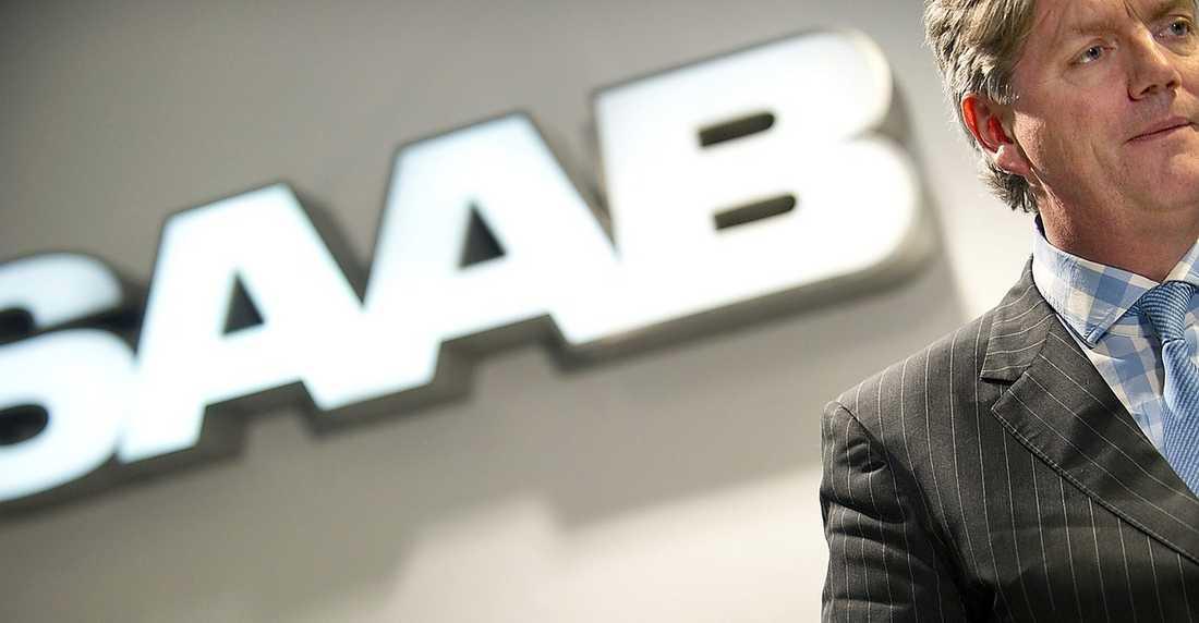 SLUTET Saabs vd Victor Muller har gång på gång ryckt ess ur rockärmen i sin kamp för att rädda företaget. I går gick Saab till sist i konkurs.