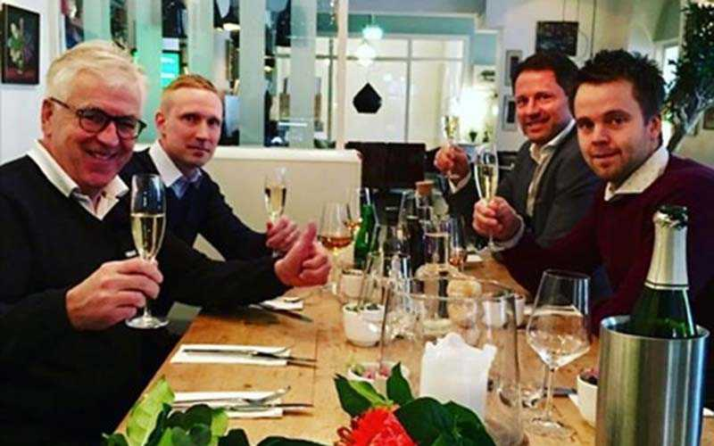 Några ur vinnargänget tillsammans med ATG:s vinnarambassadör Hans G Lindskog