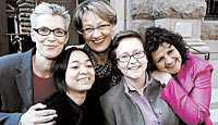 det var då Tiina Rosenberg tillsammans med, från vänster, Monica Amante, Gudrun Schyman, Sofia Karlsson och Susanne Linde den 4 mars i år, när feministiskt initiativ presenterade sig för media.