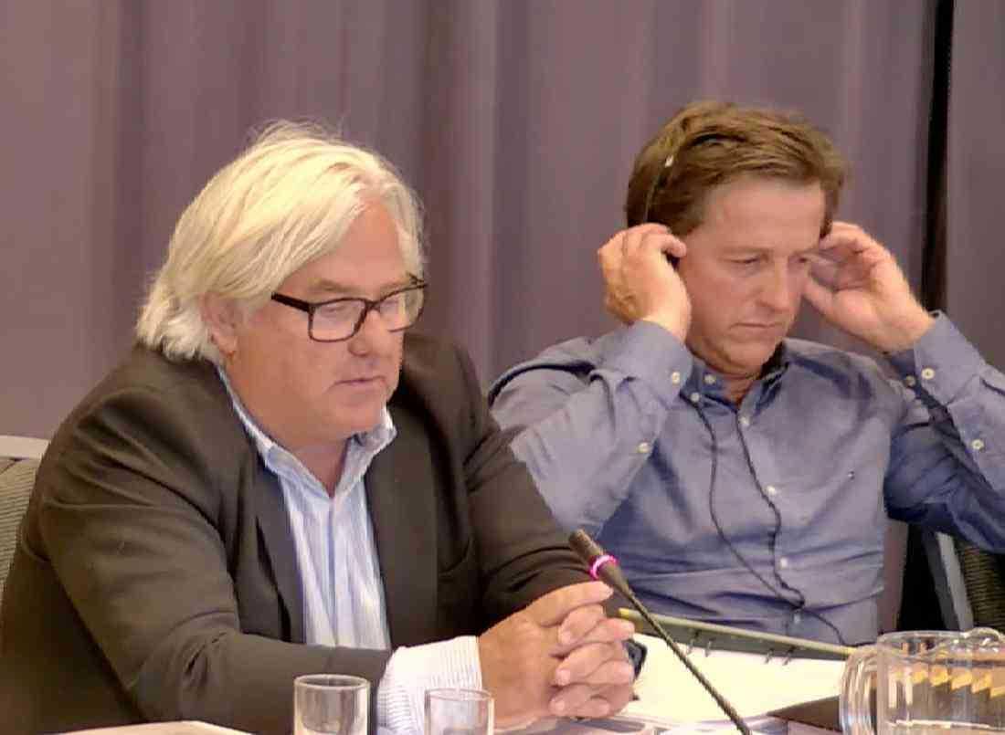 Advokat Staffan Uvabäck och Frabrice Souloy.