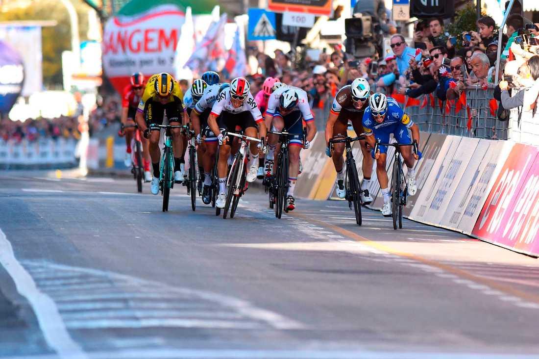 Julian Alaphilippe får inte chansen att försvara sin titel från 2019. I alla fall inte när det var tänkt. Cykelklassikern Milano–San Remo är inställd.