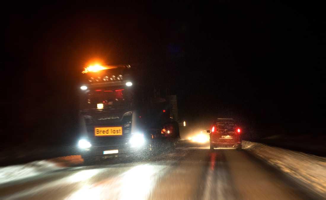 Masungsbyn/Kiruna där sex personer dog i en olycka mellan minibus och lastbil.