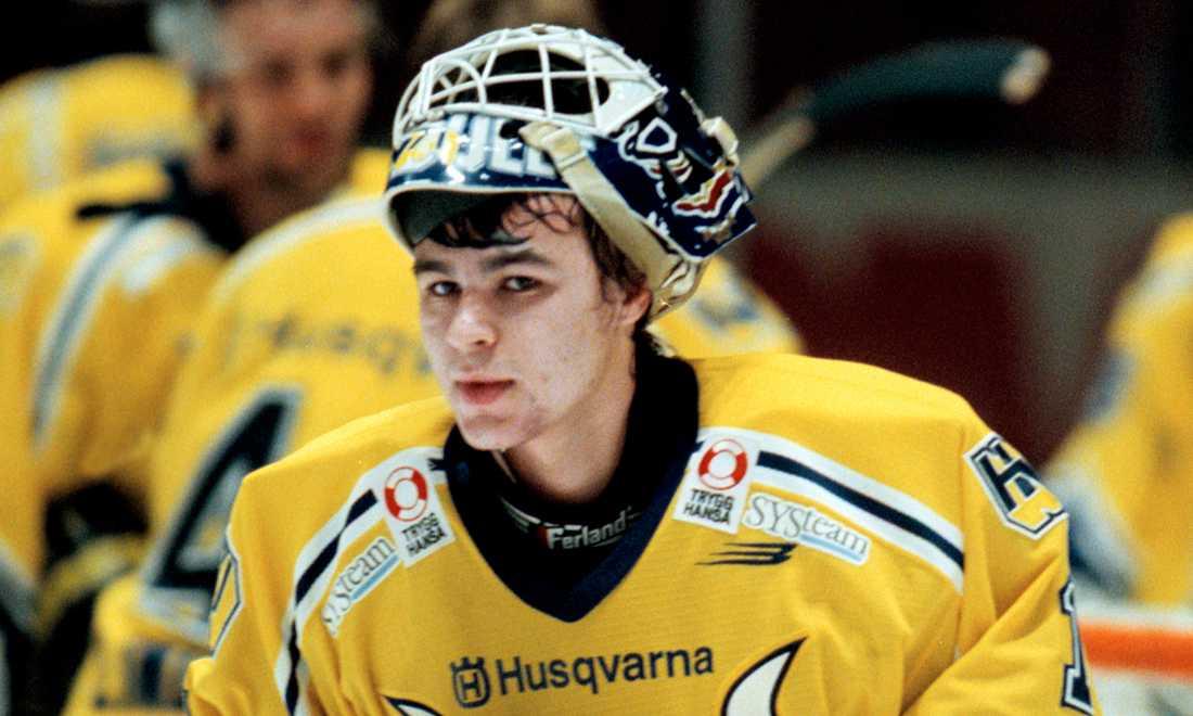 En ung Stefan Liv i en segermatch mot AIK i februari 2000.