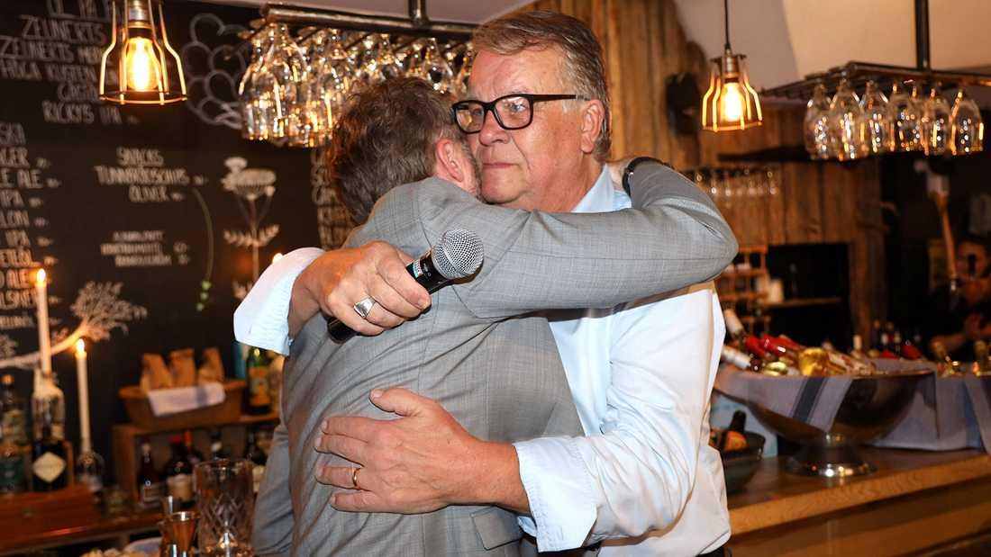 Lasse Berghagen kunde inte hålla tårarna borta under frieriet.