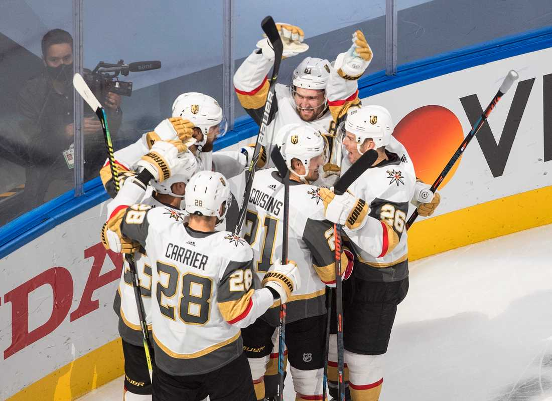 Vegas firar segern över Colorado i NHL-ishockeyn.