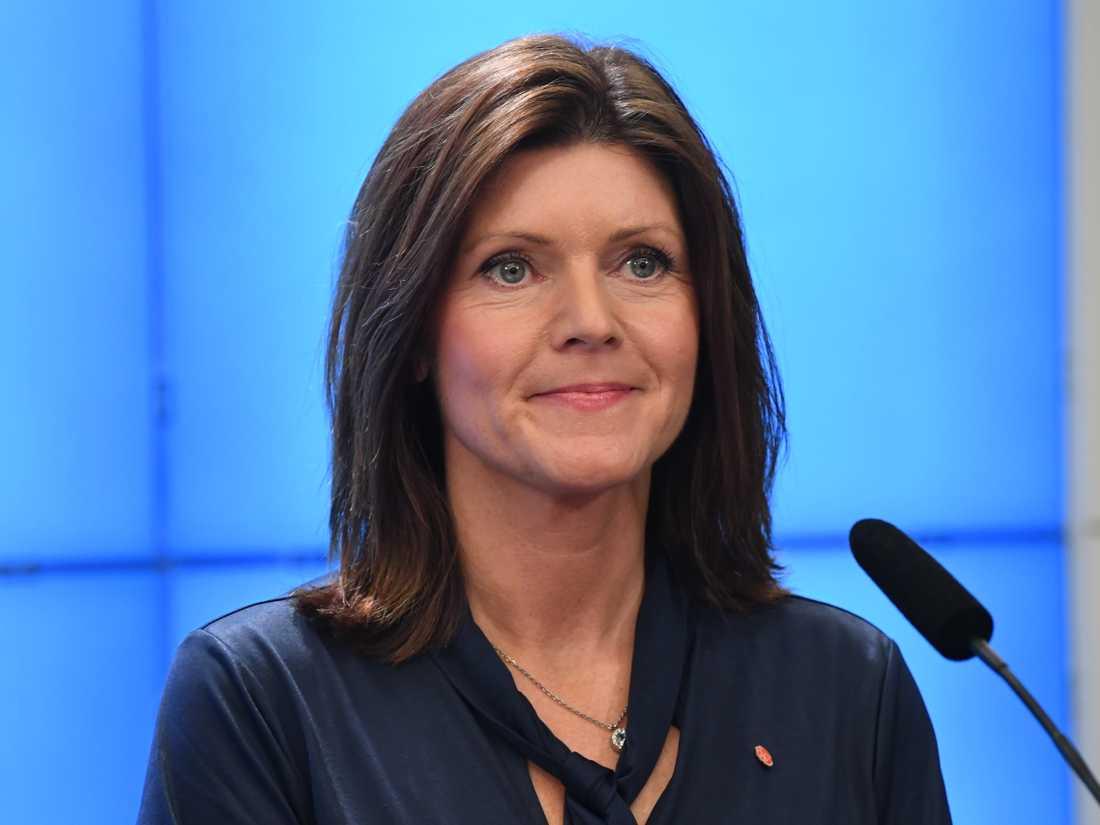 Eva Nordmark efterträder Ylva Johansson som arbetsmarknadsminister. Hon har en lång politisk och facklig karriär bakom sig.