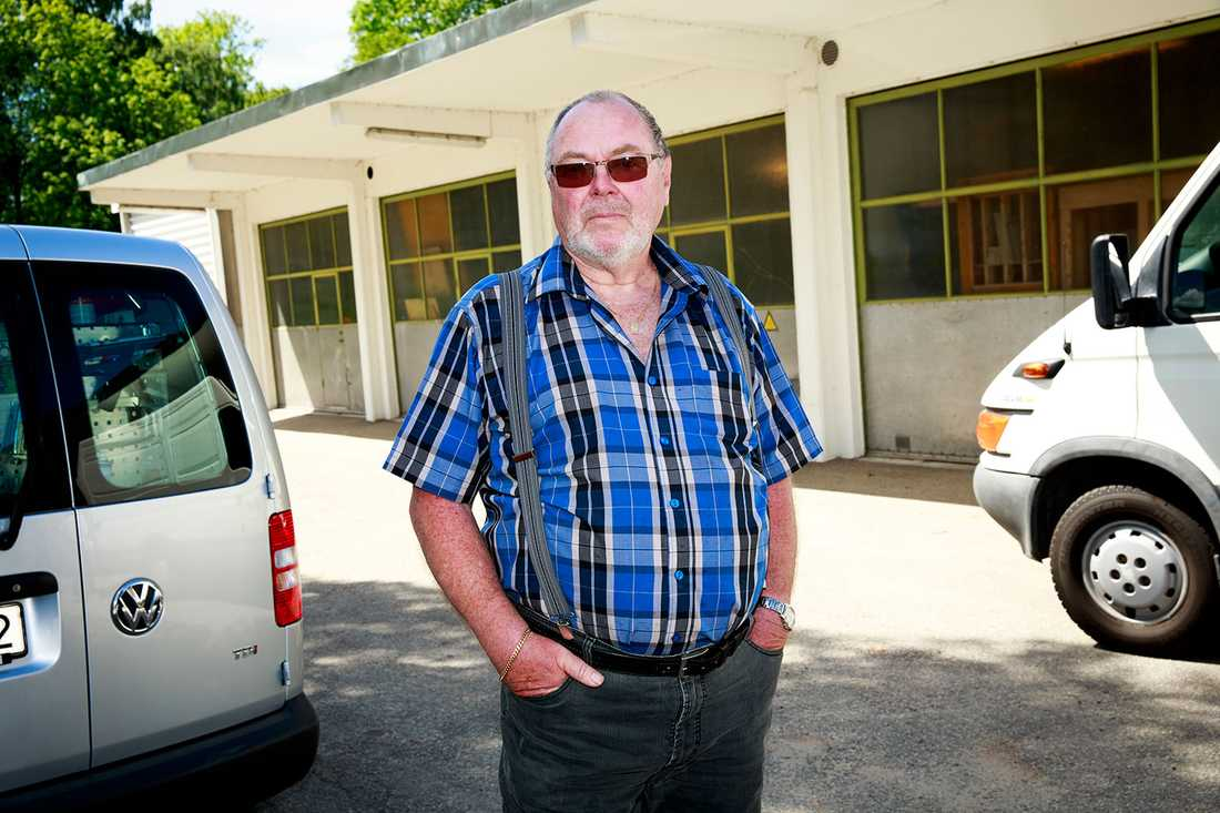 Leif Utterström vid den gamla ambulansstationen.