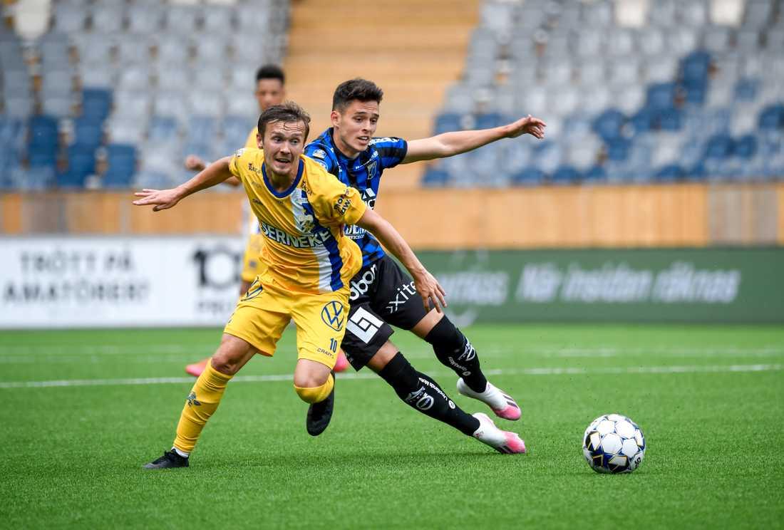 Patrik Karlsson Lagemyr, i gult, gjorde mål igen när IFK Göteborg spelade 2–2 borta mot Sirius.