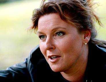 BAKLÄXA Lotta Engbergs deklaration underkändes av kammarrätten. Nu tvingas hon betala in 300 000 kronor i skatt. Det har domstolen beslutat.
