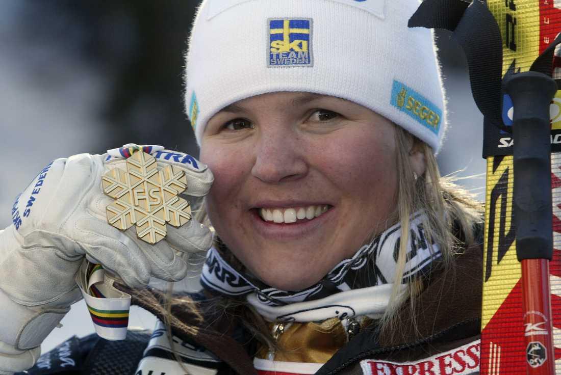 2005 I Bormia vinner hon VM-guld i Super-G...